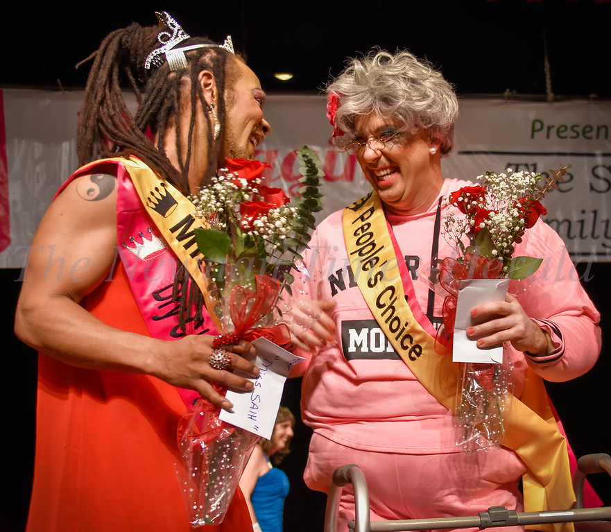 Miss SAIH Anthony Jones and People's Choice winner Rusty Russell