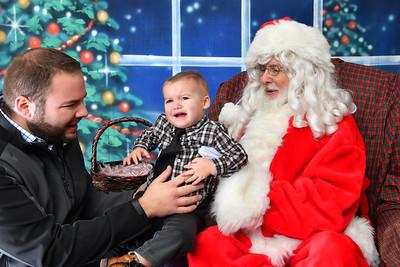 Coldwell Banker Gundaker Santa 2016-895