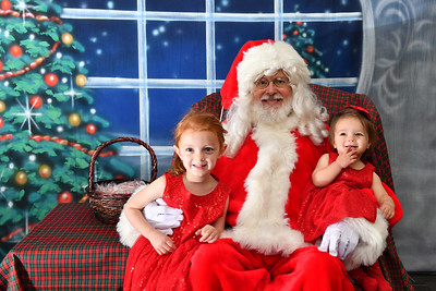 Coldwell Banker Gundaker Santa 2016-880