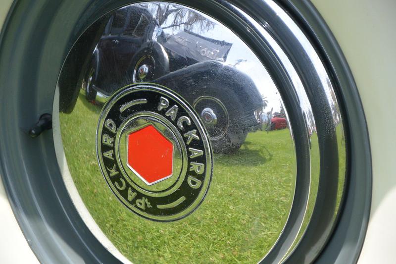 Packard hub cap