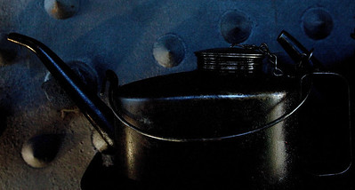 oil can_8428
