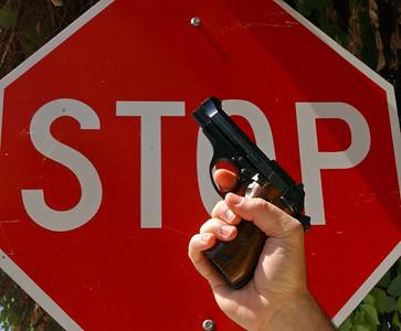stop guns_7139