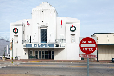 City Hall Previously Royal Theater Hogansville GA_7823