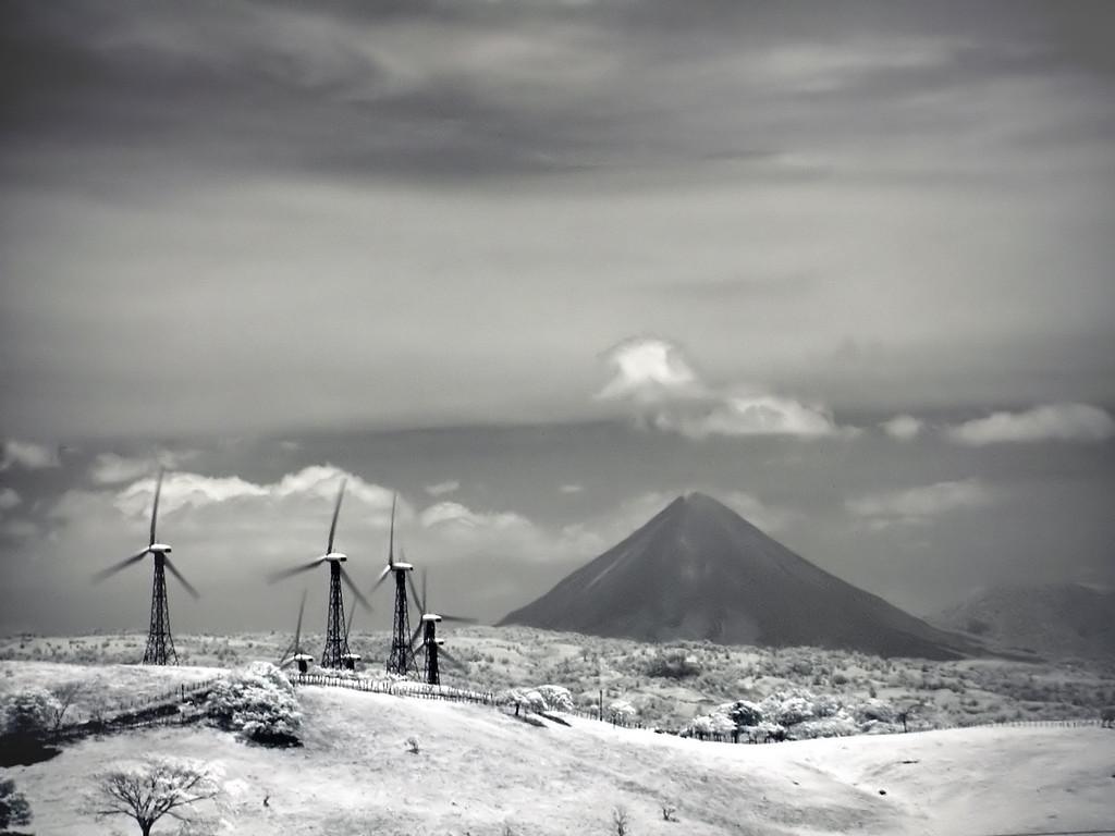 Arenal Volcano -IR Version-