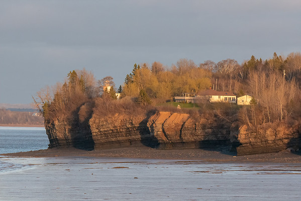 Hantsport cliffs from Avonport-1030821