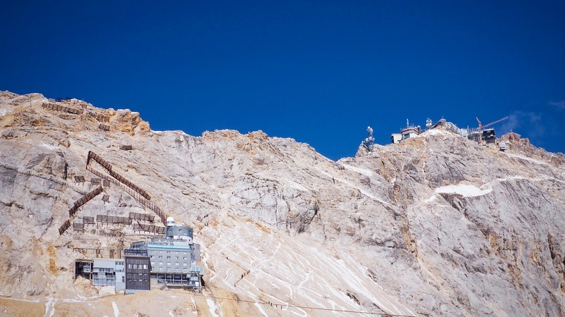 Perched on the edge of oblivion, Zugspitze