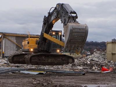 Ivor Wynne Demolition P1000156.RW2