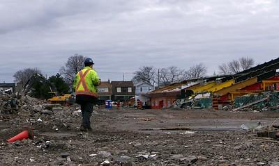 Ivor Wynne Demolition P1000105.RW2