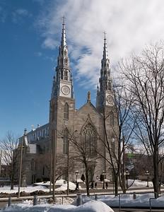Notre Dame Bascilica_3870959