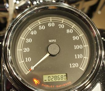 2010FLHR2712f