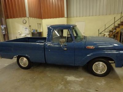 Brianna Schraw Ford truck