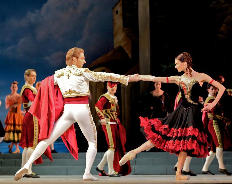Mikhail Venshohikov and Anastasia Soboleva, Don Quixote, November 20, 2014