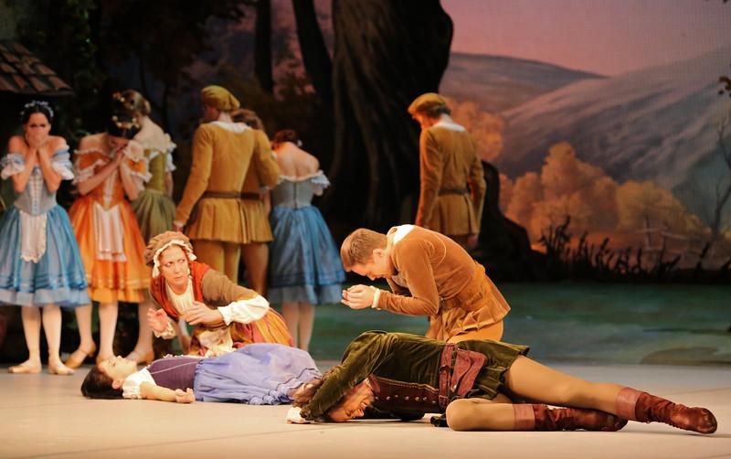 Leonid Sarafanov and Vladimir Tsal, Mikhailovsky Ballet, Giselle, November 11, 2014