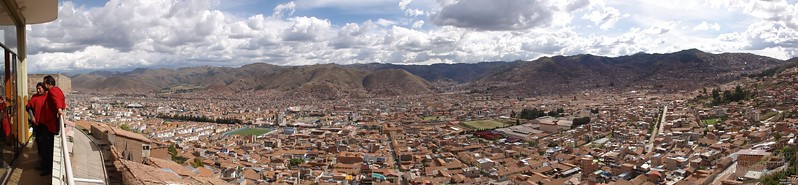 Cusco is with its population of 400,000 at 3400m (11000ft) elevation. You are grasping for the missing 35% air and oxygen in comparison to sea level when climbing the stairs to the 2nd floor with your bags.