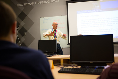 Dean College of Arts and Sciences Bruce Pitman Teaching the Eric Pitman Annual Summer Workshop in CBLS  Photographer: Douglas Levere