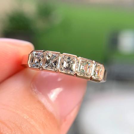 1.28ctw Asscher Cut Diamond 5-Stone Band, Rose Gold