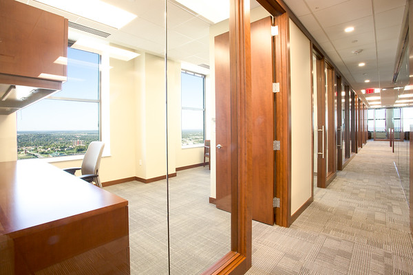 Mid-Continent Tower | 33rd Floor