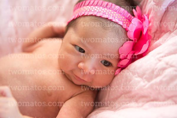 Juliette's Newborn Pics