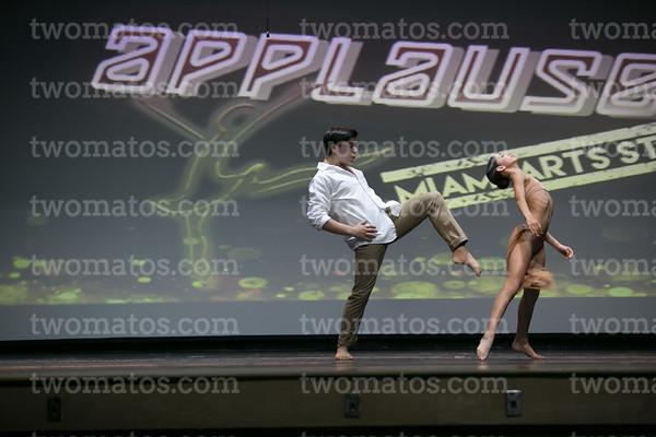 applause_5-26_200