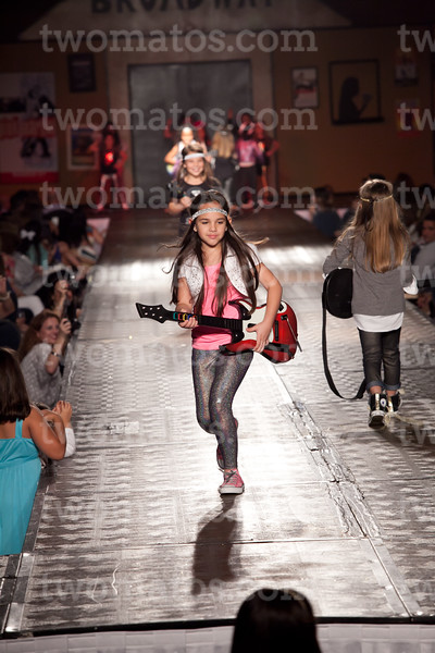 sttim_fashion14_0512