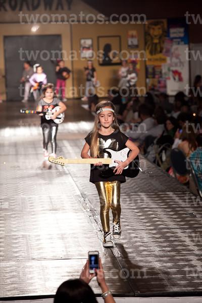 sttim_fashion14_0494