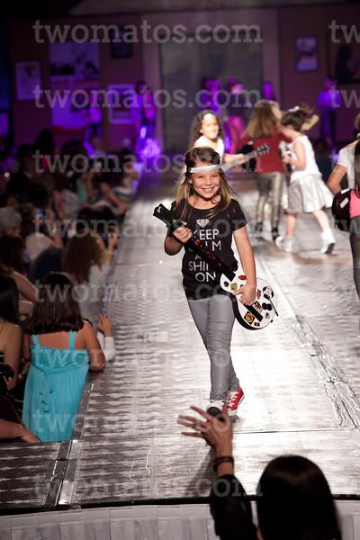sttim_fashion14_0517