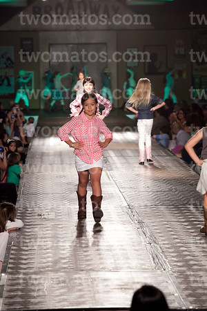 sttim_fashion14_0582
