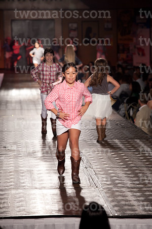 sttim_fashion14_0584