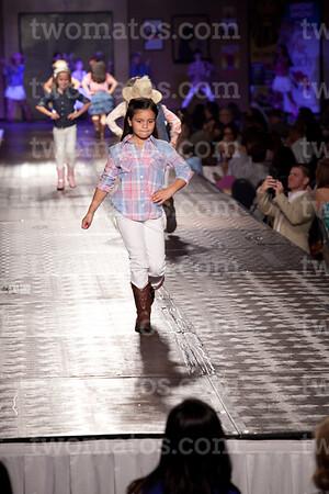 sttim_fashion14_0563