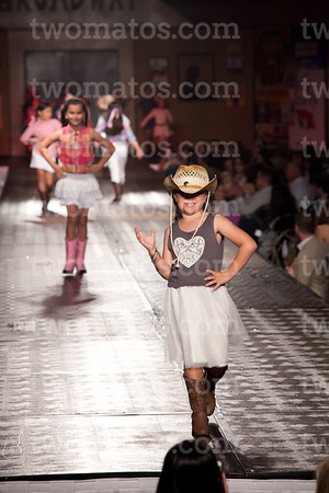 sttim_fashion14_0572