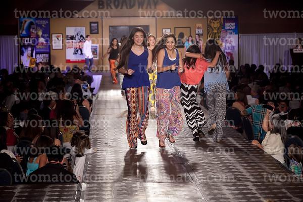 sttim_fashion14_1183