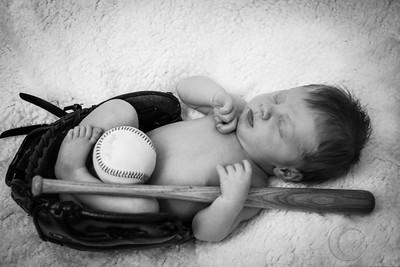 Luke Newborn BW--23