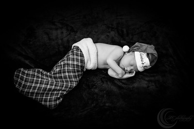 Luke Newborn BW--15