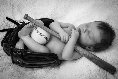 Luke Newborn BW--21