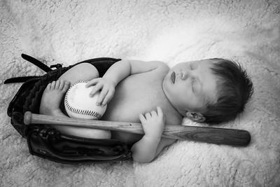 Luke Newborn BW--22