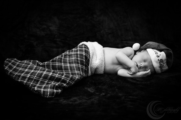 Luke Newborn BW--16