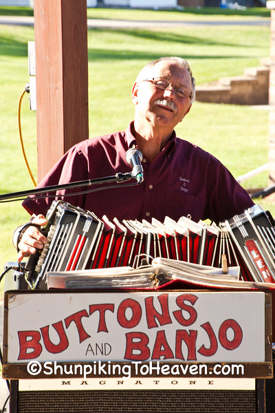 Concertina Player, Buttons and Banjo Polka Band