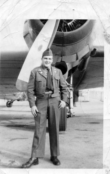 Leo Fitzgerald (Nashville, Tenn. Dec. 1950) advanced training before going to Korean War.