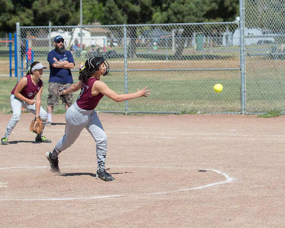 05 10 2014 First Game-2075