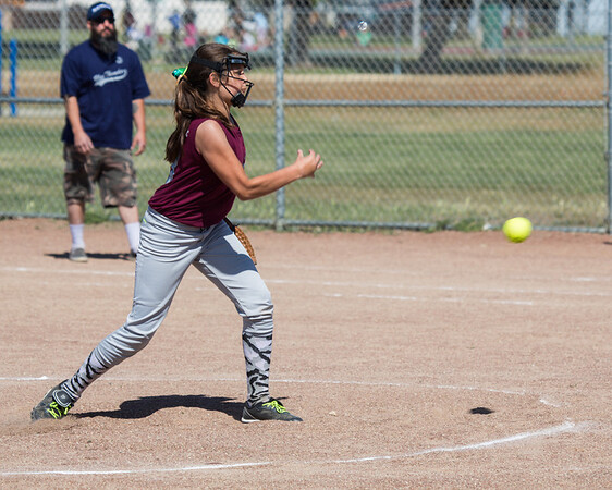 05 10 2014 First Game-2089