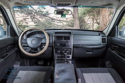 JeepCompass_White_7YQY682_Logo_TuroReady-8675