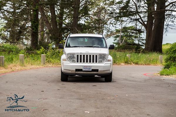 JeepCompass_White_7YQY682_Logo_TuroReady-8536