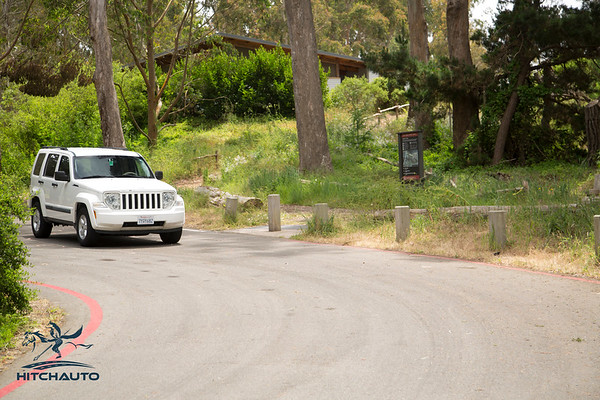 JeepCompass_White_7YQY682_Logo_TuroReady-8584