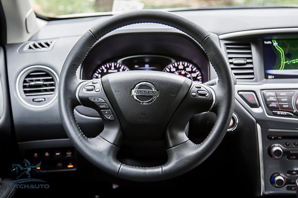 NissanPathfinderSL_White_XXXXXXX_Logo_TuroReady-8436