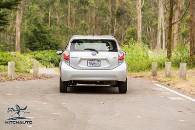 ToyotaPrius_Silver_7HWM606_Logo_TuroReady-