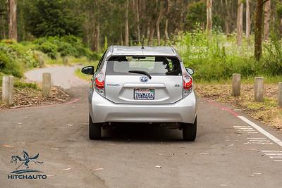 ToyotaPrius_Silver_7HWM606_Logo_TuroReady--2