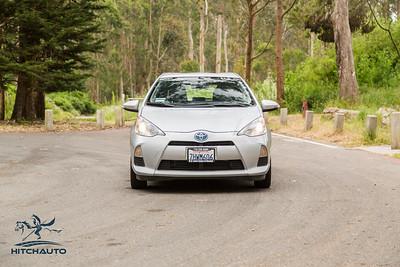ToyotaPrius_Silver_7HWM606_Logo_TuroReady-8005