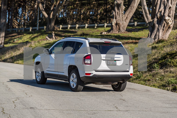 JEEP_COMPASS_WHITE_7ALJ400-16