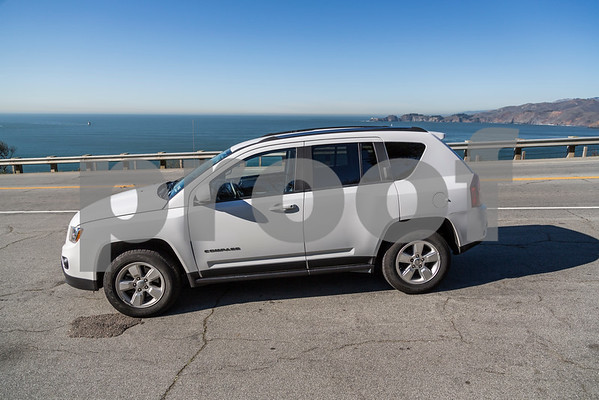 JEEP_COMPASS_WHITE_7ALJ400-11
