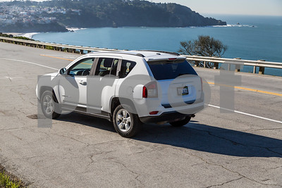 JEEP_COMPASS_WHITE_7ALJ400-18